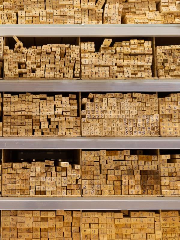 Fa nyílászáró alapanyag